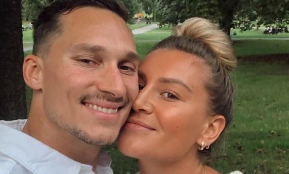 <strong>FORLOVET:</strong> Mandag kom den gledelige nyheten om at håndballspilleren Amanda Kurtovic har forlovet seg med den tidligere ishockeyspilleren Brede Csiszar. Foto: Privat