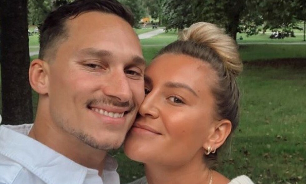 NYFORLOVET: Mandag kom nyheten om at håndballspilleren Amanda Kurtovic har forlovet seg med den tidligere ishockeyspilleren Brede Csiszar. Foto: Privat