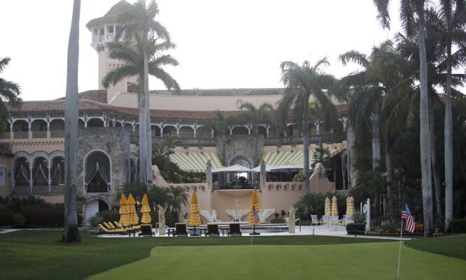 HERSKAP OG TJENERE: Mar-a-Lago i Palm Beach Florida er en av Trumps eiendommer. Washington Post avslørte i 2019 at hele 11 av Trumps eiendommer tidligere hadde ansatt ulovlige innvandrere. FOTO: NTB Scanpix