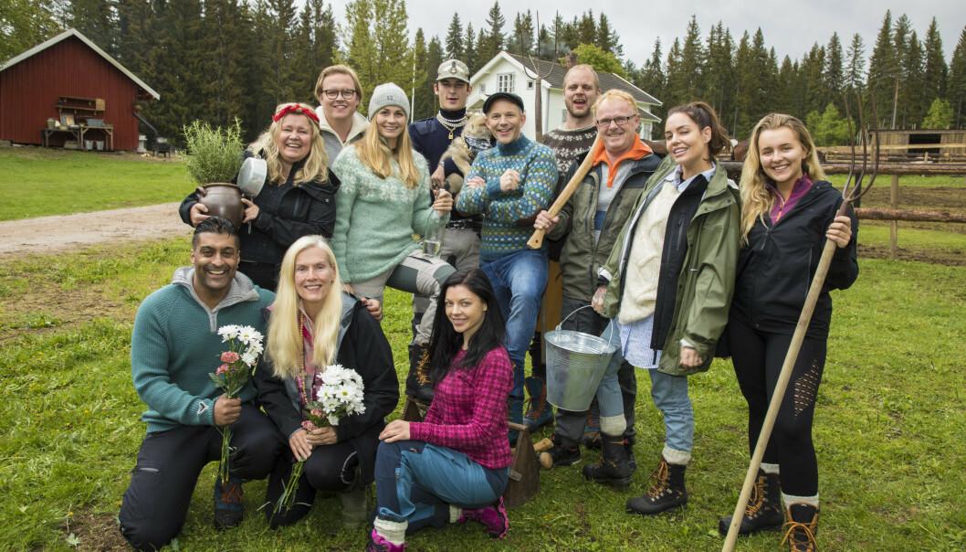 <strong>ETTER PLANEN:</strong> «Farmen kjendis» spilles inn 21. mai. Her er fjorårets deltakere. Foto: Morten Eik / Se og Hør