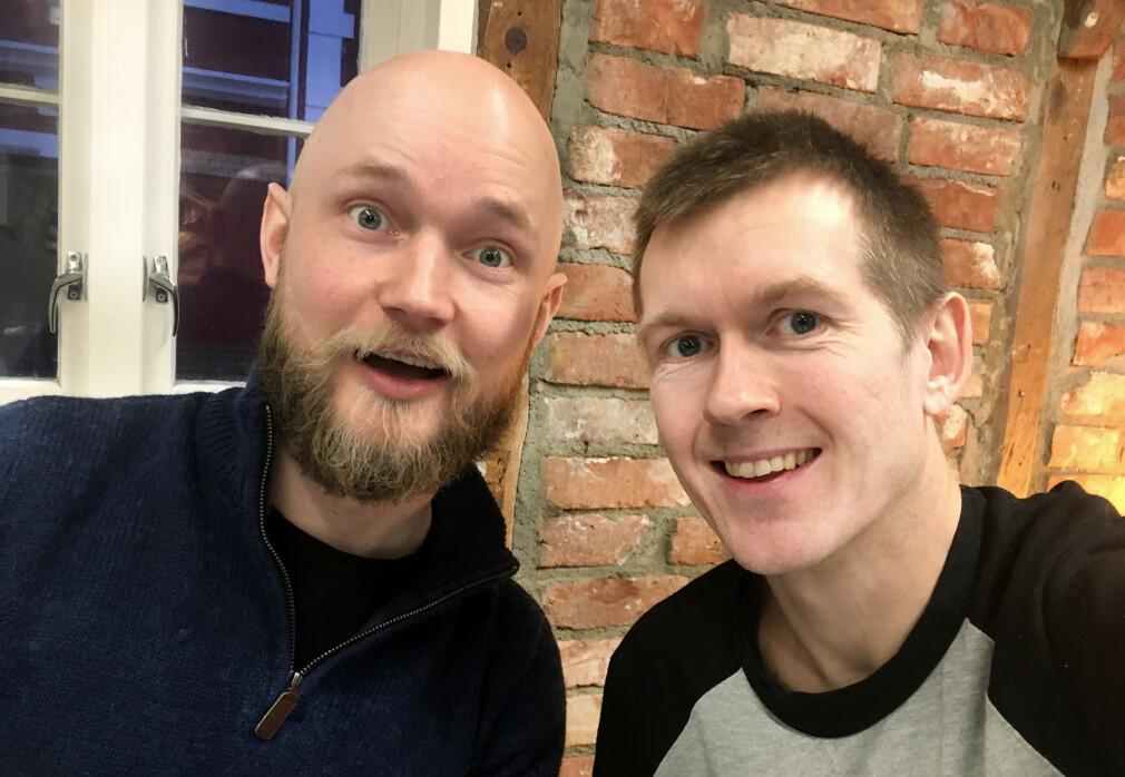 Kompisene Anders Ekkje Slettebø og Erling Håmsø tester universell utforming på norske nettsider. 📸: Privat