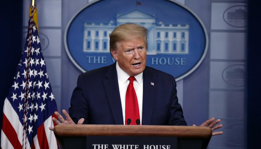 President Donald Trump på en av sine daglige pressekonferanser. Foto: AP/NTB Scanpix