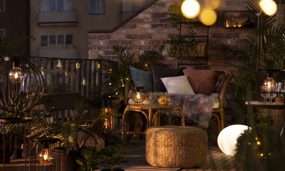 MYS MED LYS: Det blir en ekstra koselig atmosfære når man tenner lys på kveldstid.
