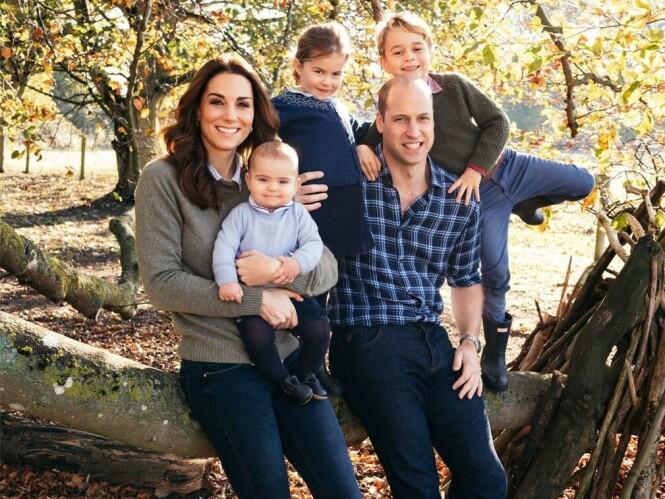 <strong>FIN FAMILIE:</strong> Hertuginne Kate og prins William har fått barna prins George, prinsesse Charlotte og prins Louis i løpet av de siste seks årene. FOTO: NTB scanpix