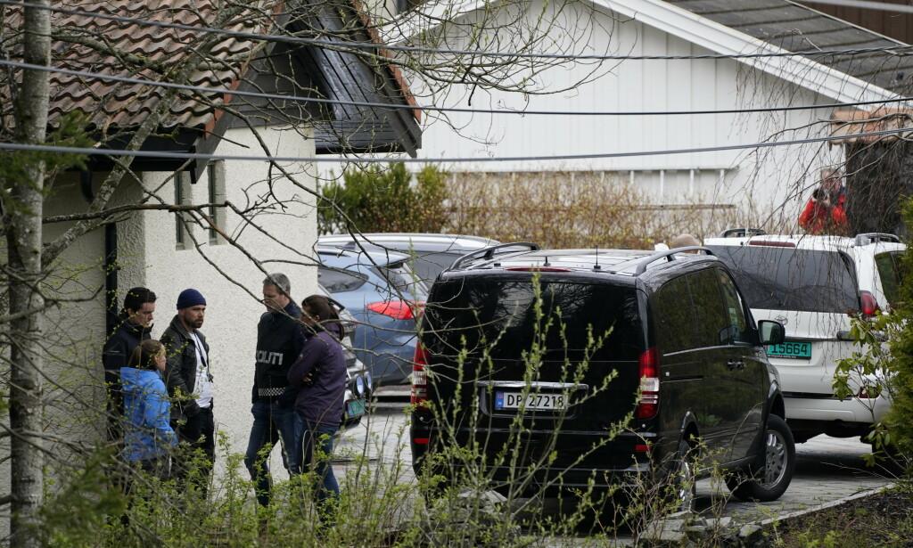 Politiet har sperret av boligen til ekteparet Hagen i Sloraveien 4 på Lørenskog, etter at Anne-Elisabeth Hagens ektemann Tom Hagen ble pågrepet i en politiaksjon i Lørenskog. Hans kone har vært savnet i halvannet år. Foto: Heiko Junge / NTB scanpix