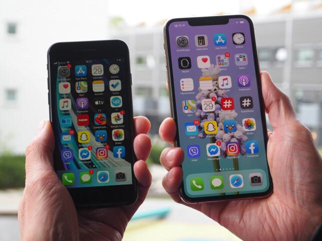 MINST OG STØRST: Her er den minste og den største mobilen Apple har å by på. iPhone SE på 4,7 tommer og iPhone 11 Pro Max på 6,5 tommer. Foto: Kirsti Østvang