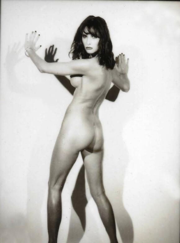 FØR TRUMP: Modellbilde tatt av Melania Trump i New York i 1995 tre år før hun traff Donald Trump. Bildet ble publisert i mannebladet Max Magazine i januar 1996. Bildet ble tatt av den franske motefotografen Jarl Ale de Basseville. Foto: Splash News NTB Scanpix<p><br></p>