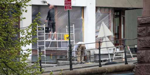 image: Murerarbeider på Venstres hus i Oslo på 1. mai