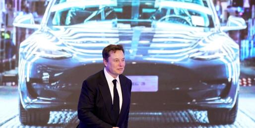 Tesla blir kina-bil