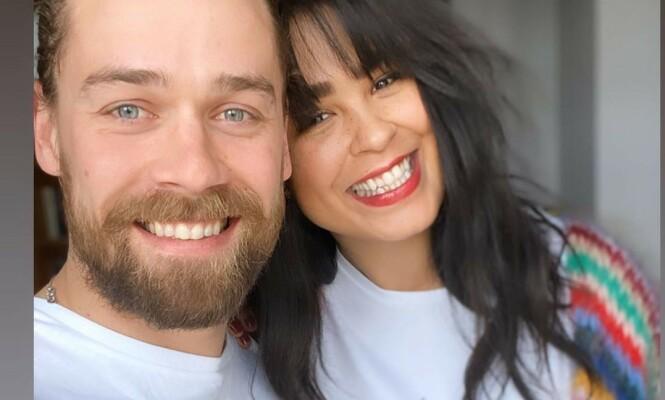 <strong>SAMBOERE:</strong> Maria og Morten har allerede rukket å flytte sammen, noe som ifølge artisten fungerer veldig bra. Foto: Skjermdump gjengitt med tillatelse
