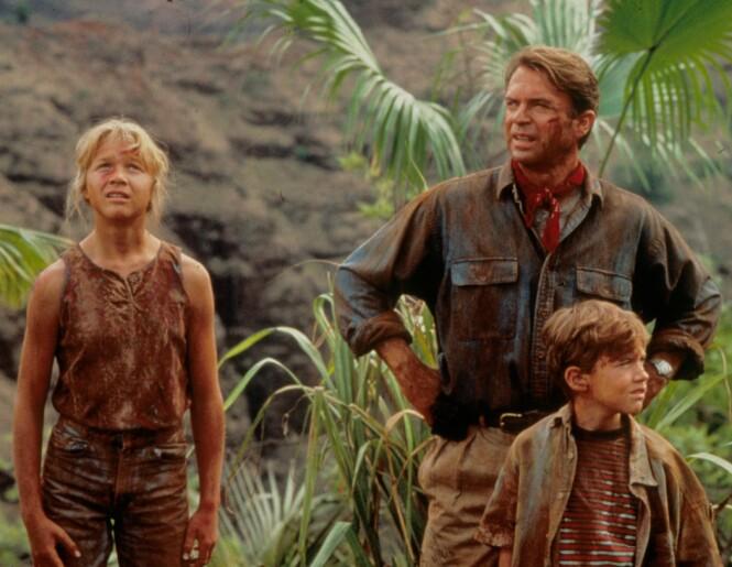 <strong>BARNESTJERNE:</strong> Her er Ariana Richards avbildet sammen med Sam Neill og Joseph Mazello i filmen  «Jurassic Park» fra 1993. Foto: NTB Scanpix