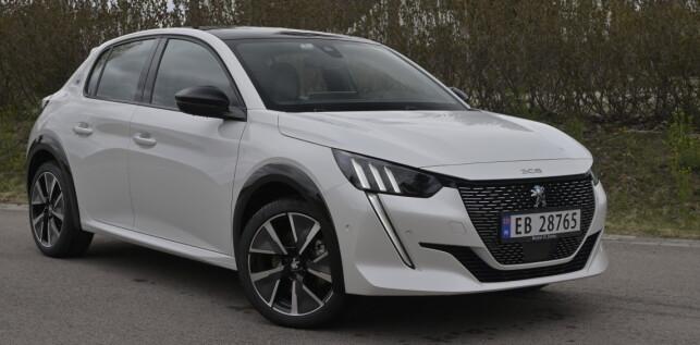 KJEKKAS: Peugeot har store forventninger til salget av nye e208. Foto: Rune Nesheim
