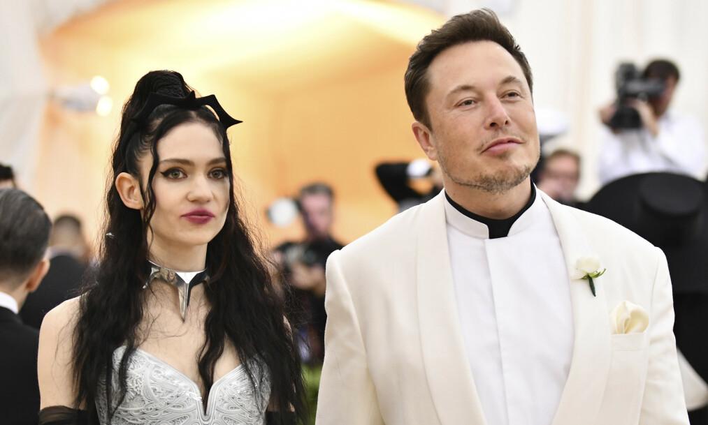 <strong>BABYLYKKE:</strong> Elon Musk og elektropopartisten Grimes har fått sitt første barn sammen. Foto: NTB Scanpix