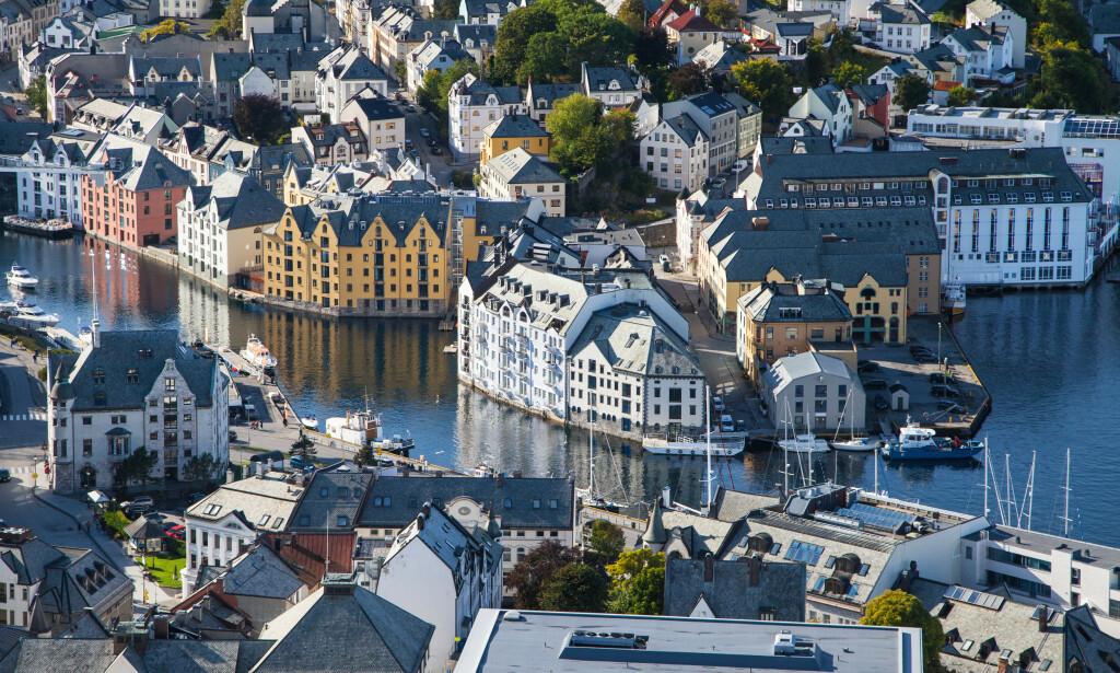 TREGT: I Ålesund og omegn gikk boligsalget tregest i april med gjennomsnittlig salgstid på 77 dager. Foto: Shutterstock/NTB Scanpix