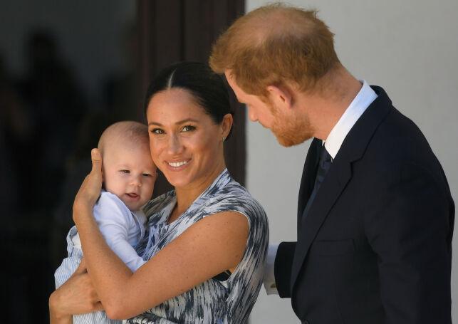 STOR GUTT: Harry og Meghan viste frem lille Archie i september i fjor da familien var i Sør-Afrika. Foto: NTB Scanpix