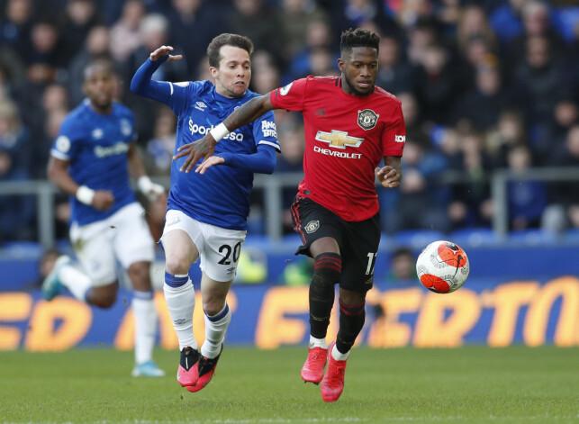 I FARTA: Fred har begynt å skinne i United-drakta. Her i kamp mot Everton på Goodison Park 1. mars. Foto: NTB scanpix