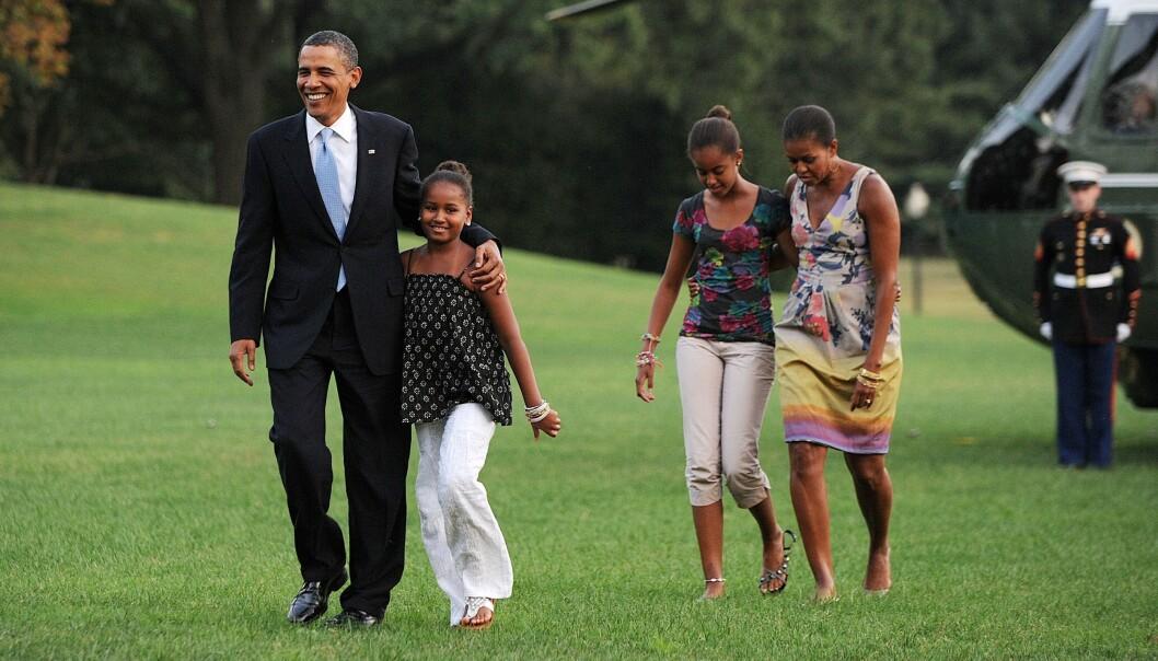 <strong>DEN GANG DA:</strong> Familien Obama landet trygt med helikoptere på gressplenen ved Det hvite hus, etter en svipptur til Martha's Vineyard i 2010. FOTO: NTB scanpix