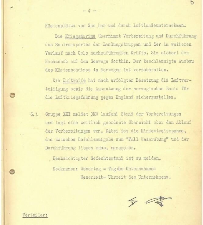 <strong>ANGREPSPLANEN:</strong> På dette dokumentet kan en se Adolf Hitlers undertegnelse på angrepsplanen mot Norge i 1940. Foto: Arkivverket
