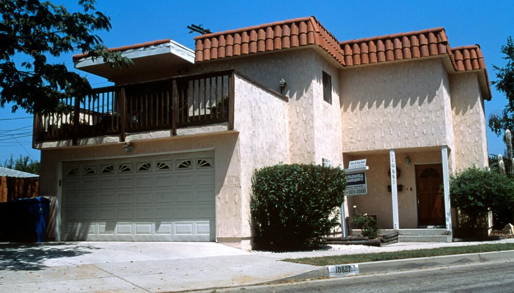 <strong>PÅ BESØK:</strong> Det var i dette huset vest i Los Angeles, at Dorothy Stratten og Paul Snider bodde sammen da de kom til filmbyen. FOTO: NTB Scanpix