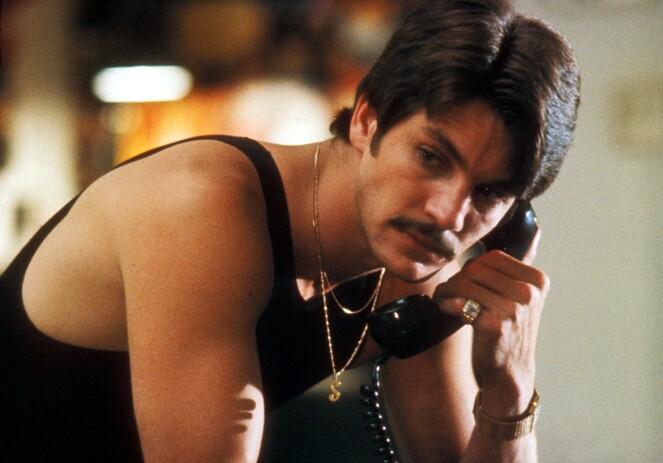 <strong>AKTIV:</strong> Paul Snider skal ha gjort flere forsøk på å få tak i et skytevåpen. Her er Eric Roberts i rollen som Paul Snider i filmen «Star 80». FOTO: NTB Scanpix