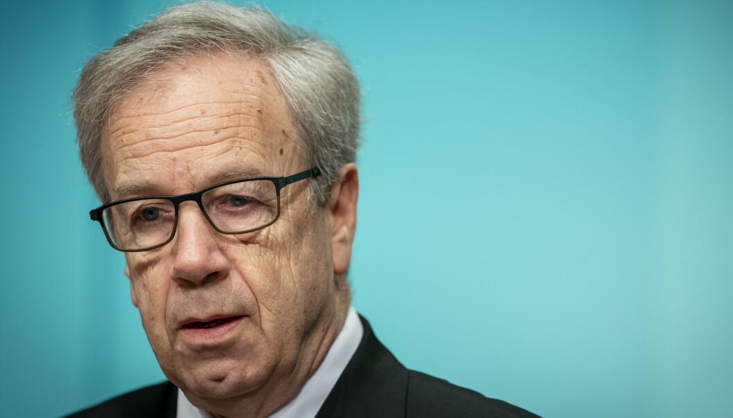 <strong>PRESSET:</strong> Øystein Olsen, sentralbanksjef og leder for hovedstyret i Norges Bank, har vært i hardt vær i forbindelse med ansettelse av ny oljefondsjef. Foto: Heiko Junge / NTB scanpix