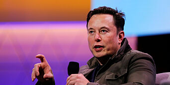 image: Gjenåpner Tesla-fabrikk stikk i strid med helsekrav
