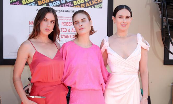 <strong>SØSTRENE SISTERS:</strong> Demi Moore har de tre døtrene Scout, Tallulah og Rumer sammen med eksmannen Bruce Willis. Foto: NTB Scanpix