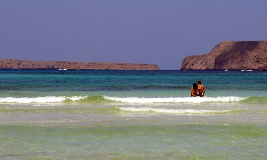 FERIE: Det kan kanskje bli mulig å dra til Kreta i sommer. Foto: Gunnar Lier / Scanpix