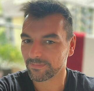 «ROMEO»: Michele D'Alpaos (38) jobber i bank. Foto: Privat