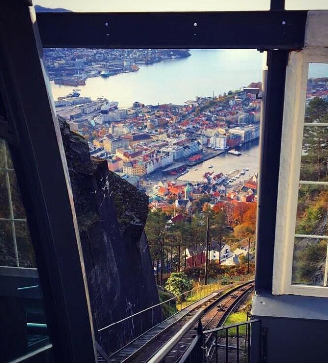 <strong>ET MUST:</strong> Bergen by sett fra fra Fløibanen. FOTO: Kristin Østgaard