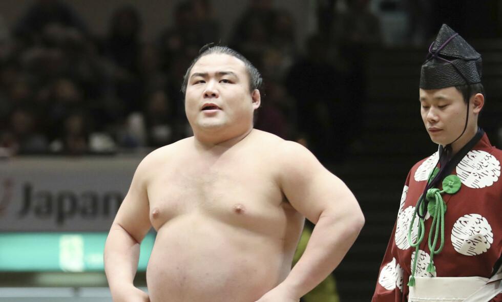 CORONASMITTET: Sumobryteren Shobushi. Her avbildet under en konkurranse i 2018. Foto: Kyodo