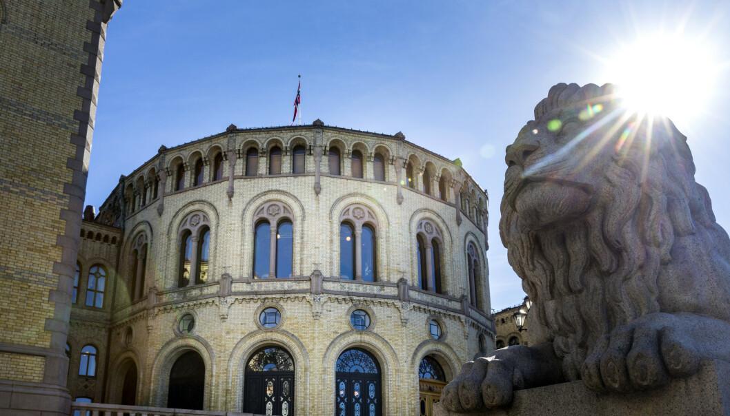 Grunnloven vil stort sett være den samme selv om Stortinget behandler seks forslag til endringer torsdag. Foto: Gorm Kallestad / NTB scanpix