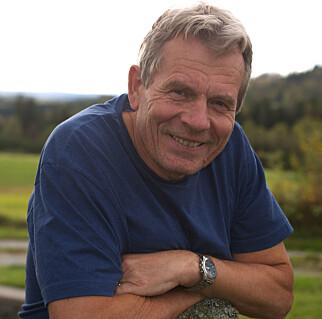 HÅRREISENDE: Arne Nævra (SV) mener det er hårreisende at miljøvernministeren tillater oppdrettsanlegg i verdensarvområet på Vega. Foto: Privat