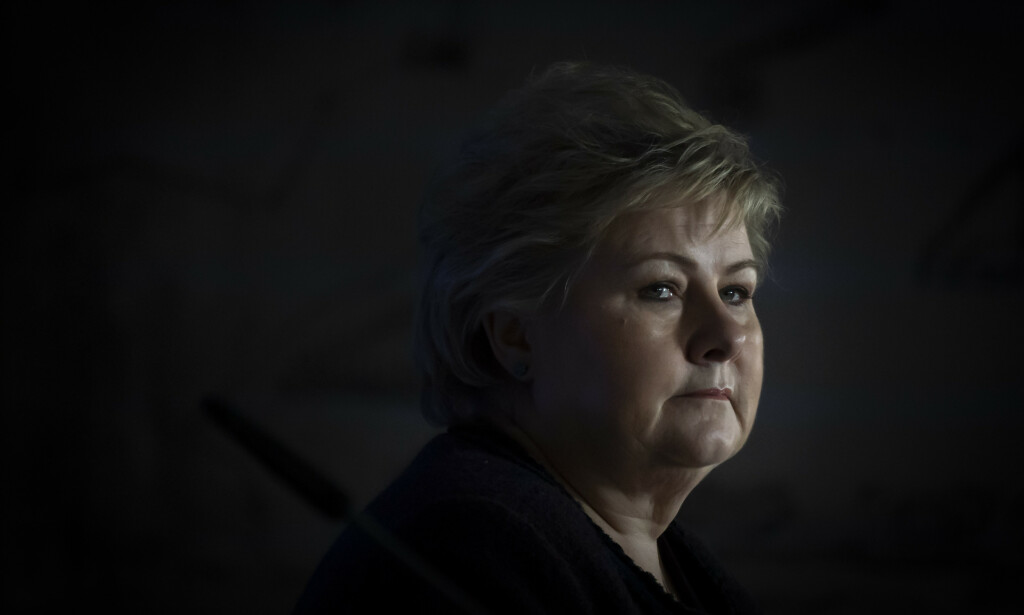 UNDER PRESS: Statsminister Erna Solberg (H) og regjeringen står under sterkt press for å gi et skatteopplegg til oljebransjen. Foto: Heiko Junge / NTB Scanpix