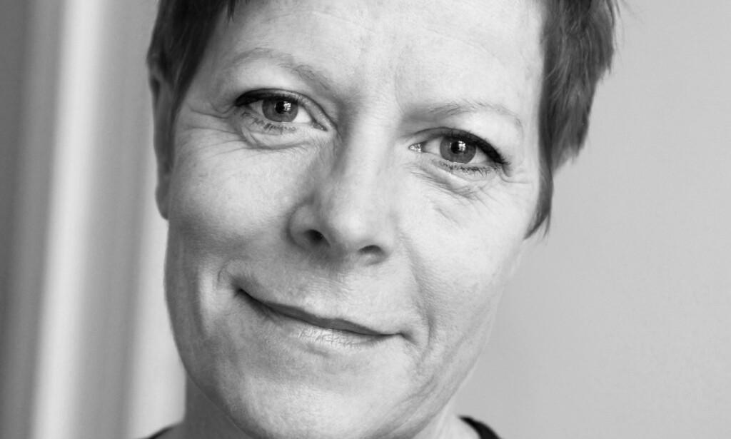 UTROSKAP: Wencke Mühleisen (66) deler erfaringer om utroskap og hva alderdom betyr for seksualiteten. Foto: Rolf M. Aagaard/Gyldendal
