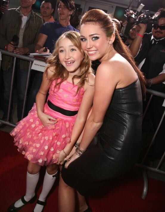 <strong>I SKYGGEN:</strong> Noah Cyrus er åtte år yngre enn storesøster Miley Cyrus, og har derfor nesten hele livet hatt en superstjerne som søster. Her i 2010. Foto: NTB scanpix