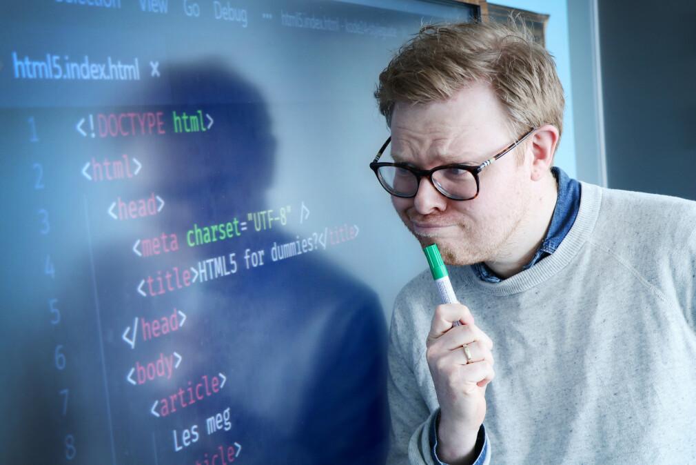 Jørgen sliter fortsatt med å forstå HTML5-taggene article og section. 📸: Ole Petter Baugerød Stokke