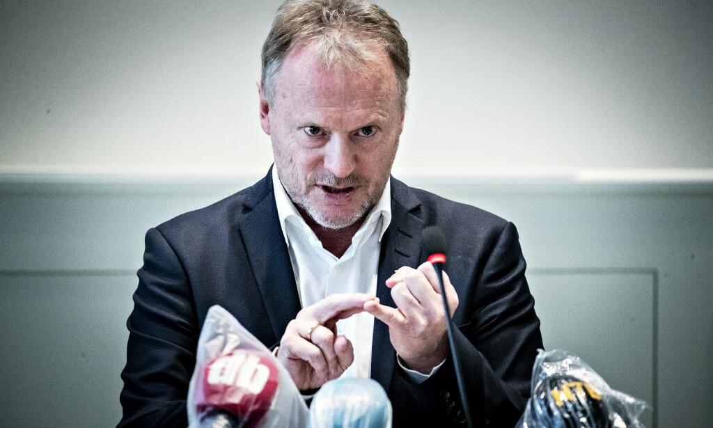 UTSETTER: Byrådsleder Raymond Johansen (Ap) varlser at en rekke valgkampløfter må utsettes. Her fra en pressekonferanse i mars. Foto: Bjørn Langsem / Dagbladet