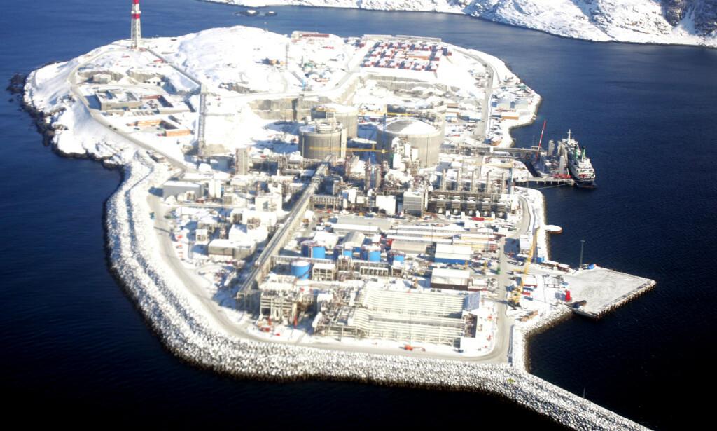 NORD: Iskanten setter grensa for hvor langt nord norsk oljevirksomhet kan gå. Her er Equinors anlegg på Melkøya utenfor Hammerfest. Foto: Håkon Mosvold Larsen / NTB Scanpix