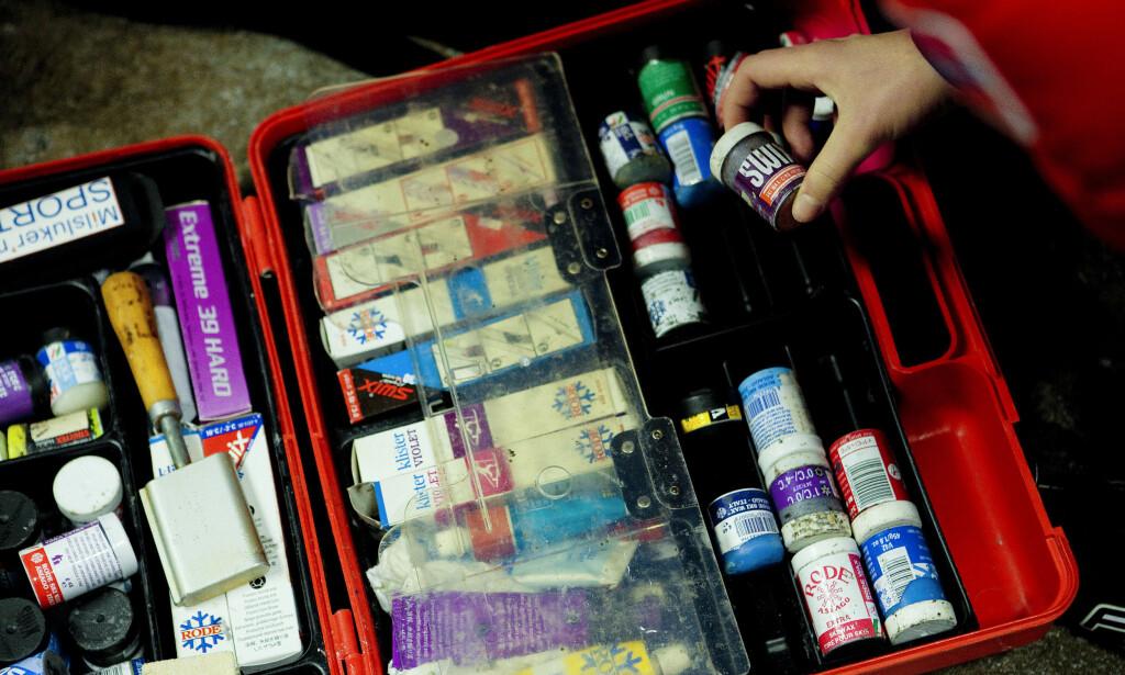 VIL TIL RETTEN: Smurningsprodukter med fluor kan blir totalt forbudt i neste uke. Hvis så skjer vil smurningsfabrikantene gå til erstatningssak mot FIS. Foto: Tore Meek / NTB scanpix