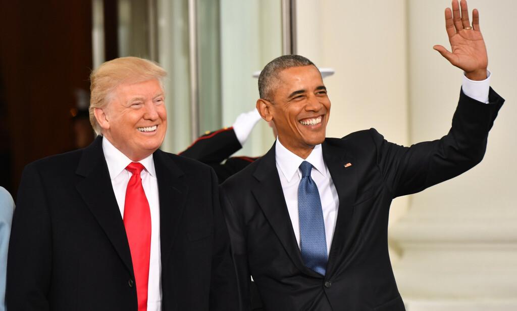 MAKTSKIFTE: Daværende president Barack Obama avbildet med nåværende president Donald Trump før innsettelsesseremonien i janaur 2017. Foto: REX / NTB Scanpix