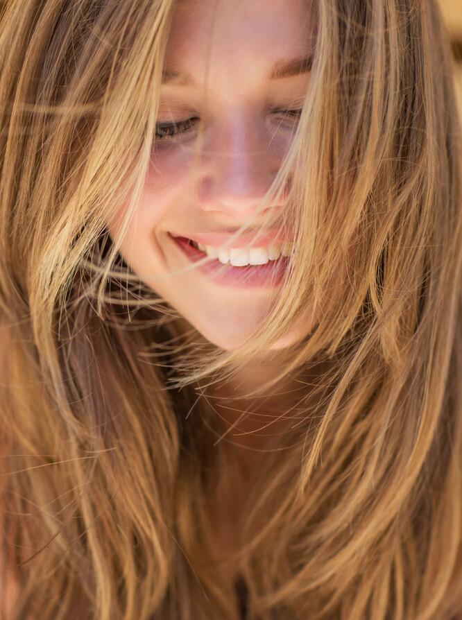 KAN BLI METTET: Bruker du samme sjampo over lengre tid, kan det hende håret ditt rett og slett får nok av det. Foto: NTB Scanpix