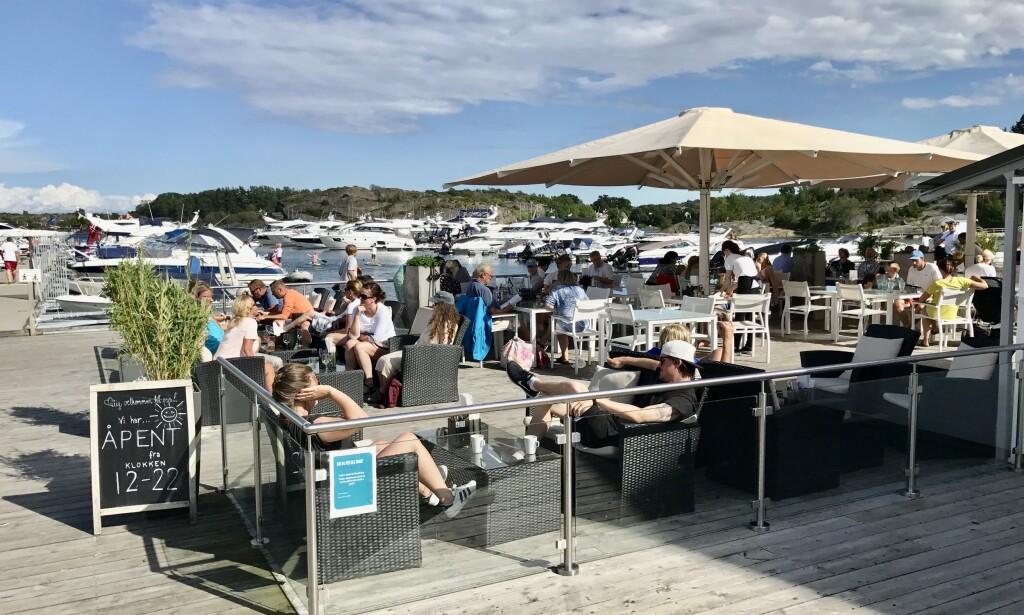 God sommer: Det går mot en ny og travel sommer på Tjøme og uterestauranten på Havna Hotel. Foto: Odd Roar Lange/The Travel Inspector
