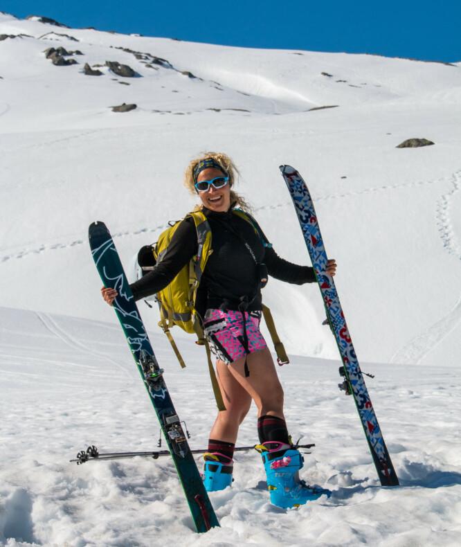 <strong>Folgefonna:</strong> Ski og brevandring midt på sommeren. Brun blir du også! Foto: Skiinformatie.nl