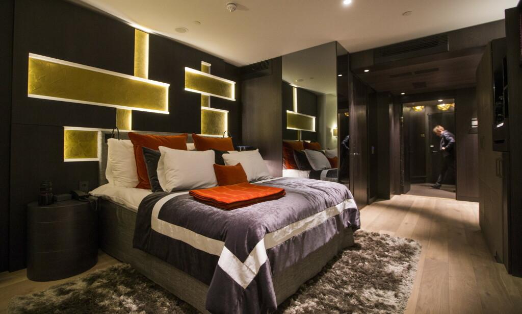 LUKSUS-SALG: Både hotellkjedene og de dyrere designhotellene har gode tilbud i sommer, for å tiltrekke seg norske gjester. Her fra The Thief i Oslo. Foto: Berit Roald/NTB Scanpix