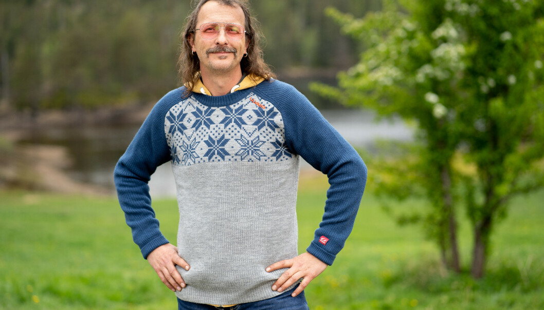 ROCKER: Thomas Felberg har lagt en lang scenekarriere bak seg. Nå ligger gårdslivet foran ham. Foto: Espen Solli/TV 2