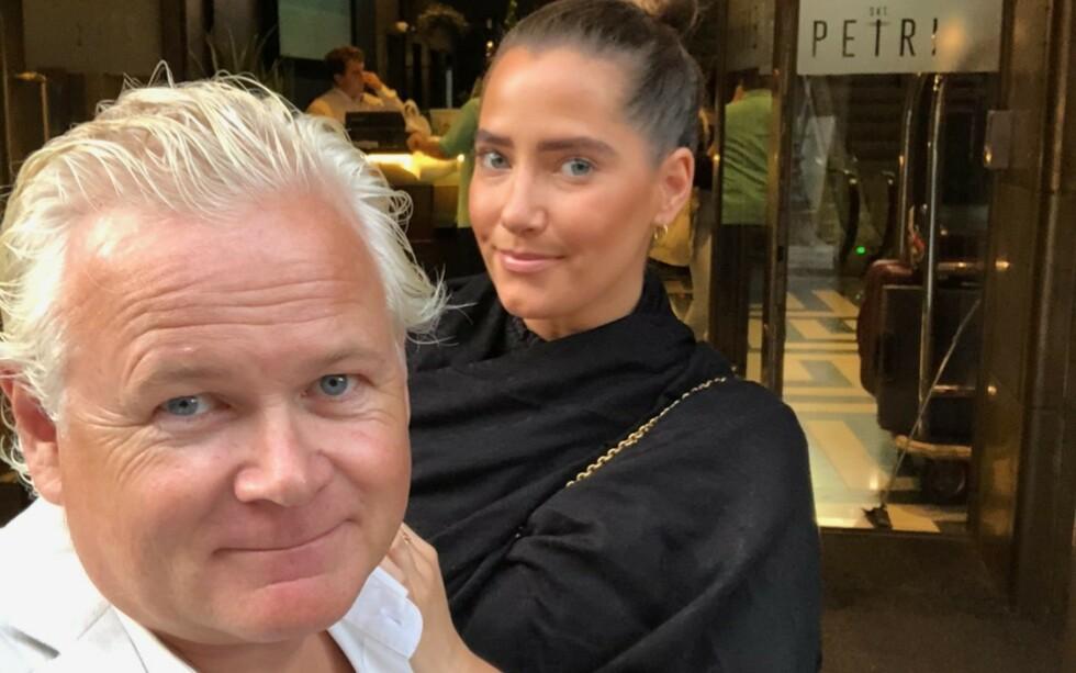 FORLOVET: Tidligere programleder Øyvind Fjeldheim gikk ned på kne og fridde til Reidun Hetland i fjor. Etter planen skal de gifte seg i september, men coronaviruset kan sette kjepper i hjula for bryllupet. Foto: Privat