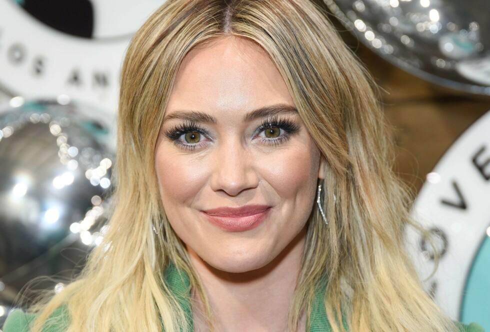 RASER: Skuespiller Hilary Duff slår hardt tilbake etter at hun ble beskyldt for å drive med sexhandel. Foto: NTB Scanpix