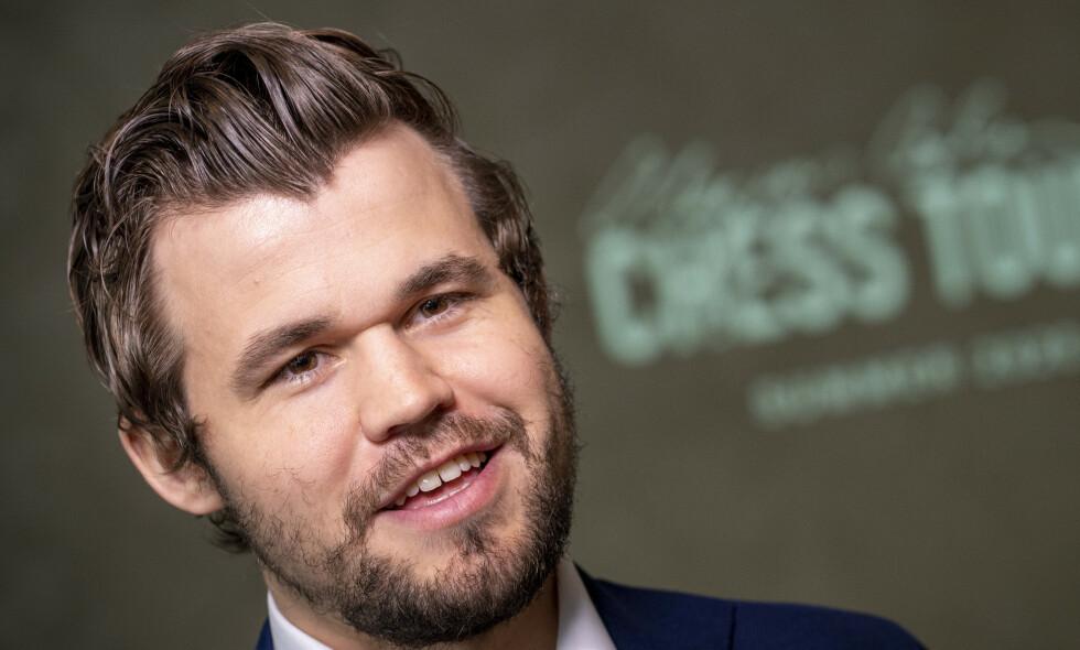 VANT: Magnus Carlsen. Foto: Heiko Junge / NTB Scanpix