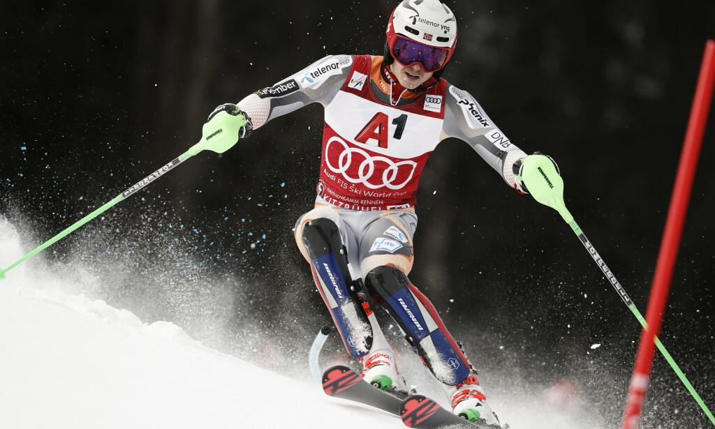 Norske Henrik Kristoffersen og resten av det norske landslaget må trolig vente helt til 2022 for å delta i Alpin-VM i Cortina d'Ampezzo. Foto: Gabriele Facciotti / AP / NTB scanpix